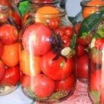 Соленые помидоры на зиму в банках – очень вкусные рецепты